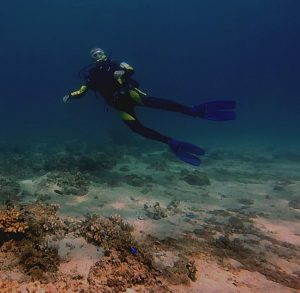 discover scuba at Johansbeach and dive resort subic bay olongapo philippines
