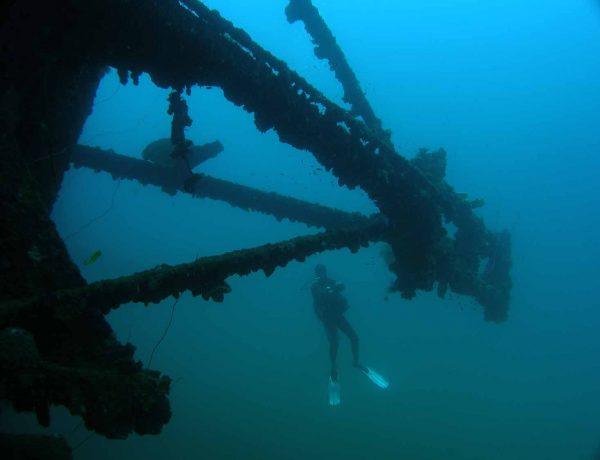 Explore Shipwrecks